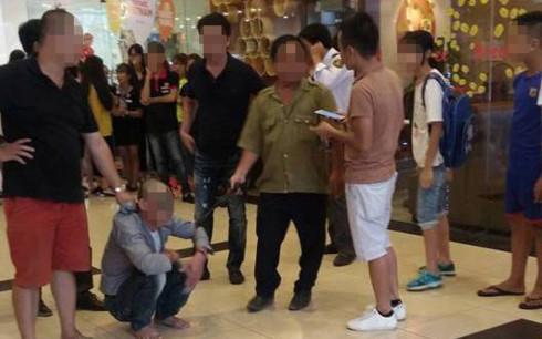 Gã bảo vệ 2 lần dâm ô bé gái trong trung tâm thương mại