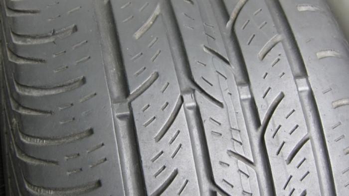 lốp xe, lốp ô tô, nổ lốp, KỸ NĂNG LÁI XE