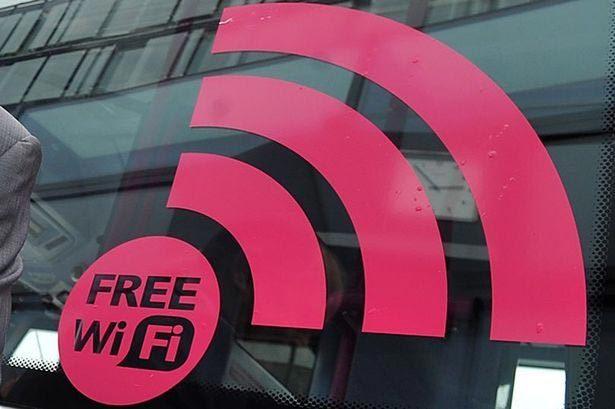 22.000 người vô tình đồng ý cọ nhà vệ sinh vì wifi miễn phí