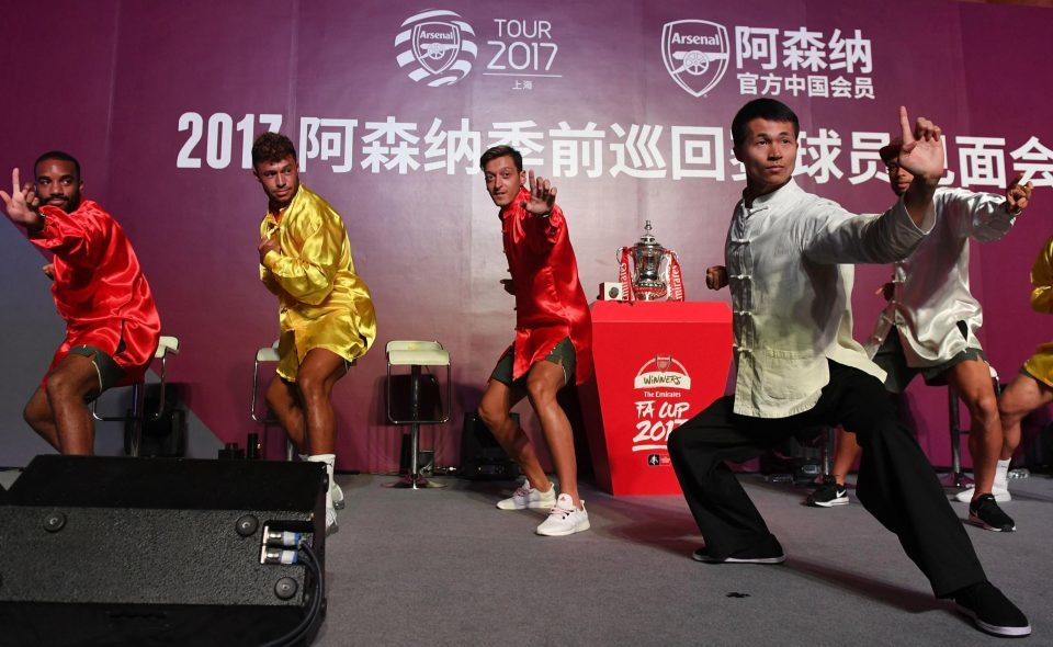 Arsenal, giao hữu quốc tế, Wenger, Ozil, Lacazette