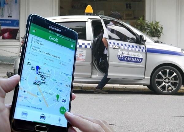 Uber, grab, taxi truyền thống, cuộc chiến taxi, trốn thuế, giá cước, cước taxi