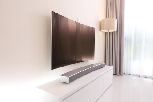 Thay đổi TV, nâng cấp không gian sống