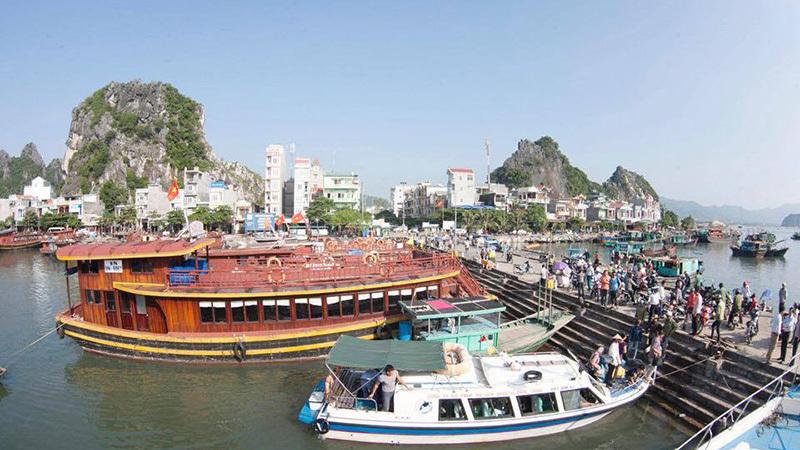 Thủ tướng Nguyễn Xuân Phúc, Nguyên Xuân Phúc, Vân Đồn, đặc khu kinh tế, Quảng Ninh