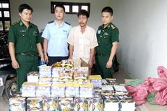 Bắt số pháo lậu lớn nhất ở cửa khẩu Lao Bảo