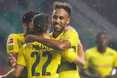 Siêu nhện tỏa sáng, Dortmund đè bẹp Milan