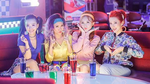 Lip B tung MV đầy màu sắc
