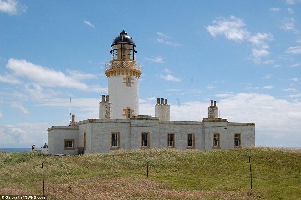 hòn đảo tử thần, Scotland, ngọn hải đăng, little ross