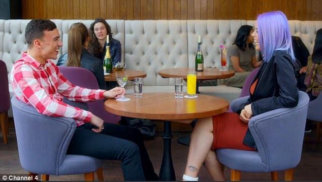 Sửng sốt với chương trình 'hẹn hò khỏa thân' trên truyền hình