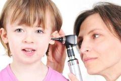 Bệnh viêm tai giữa ứ dịch