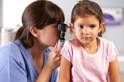 Nguyên nhân bị bệnh mắc bệnh viêm tai giữa ở trẻ em