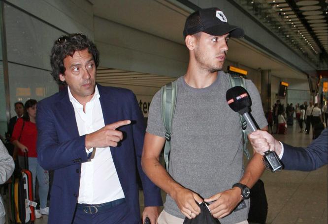 Morata hạ cánh London, nói về vụ đổ vỡ sang MU