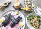 Món ăn siêu dị như 'cục than cháy trên đĩa' vẫn hút khách