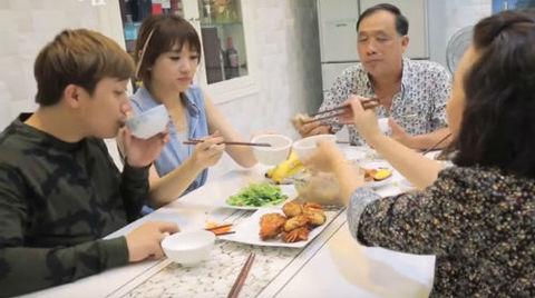 Hari Won lần đầu tiết lộ về cuộc sống làm dâu ở nhà chồng