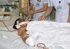 Thanh niên nát mặt, tàn phế 2 tay vì nổ mìn đánh cá