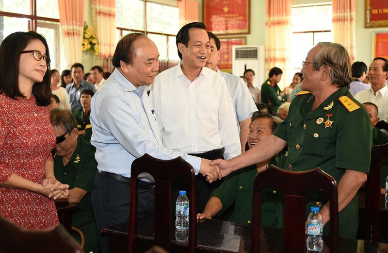 Thủ tướng thăm TT điều dưỡng thương binh và người có công Long Đất