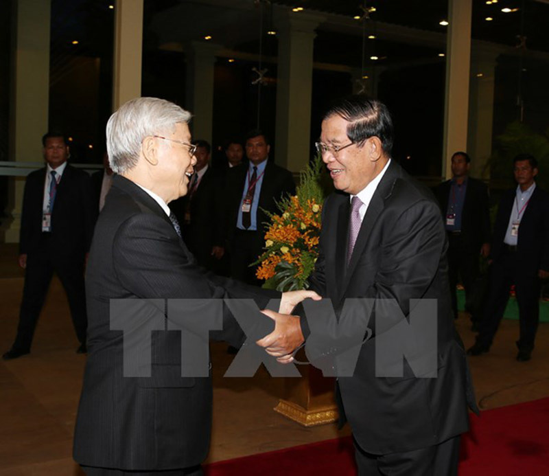 Thủ tướng Hun Sen mở tiệc chiêu đãi chào mừng Tổng bí thư