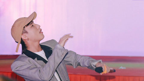 Tiết mục Sơn Tùng biểu diễn ở Phú Quốc 2