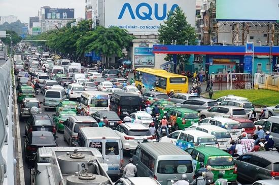 sân bay Tân Sơn Nhất, kẹt xe, ùn tắc, giải cứu sân bay,