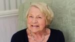 Cụ bà 86 tuổi tốt nghiệp tiến sĩ sau 8 năm đèn sách