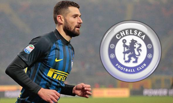 MU 'hốt' nhanh Vidal, Real đạt thỏa thuận Mbappe