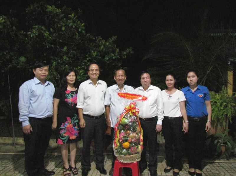 Đoàn công tác VPCP thăm nguyên lãnh đạo Chính phủ nhân ngày 27/7