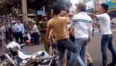 Thanh niên dùng dao đâm công an, nhảy sông Sài Gòn bỏ trốn