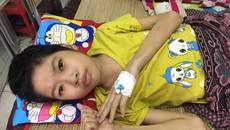 Cô bé nghèo mong manh sự sống với hai bệnh ung thư