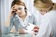 Khi bị bệnh táo bón nên sử dụng các loại thuốc nào để điều trị?
