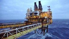 Việt Nam thu 145 tỷ đô la từ bán dầu thô trong 30 năm