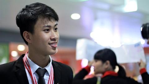 Nguyễn Thế Quỳnh - HCV Olympic Vật lí quốc tế 2017 nói về niềm đam mê Vật lí và dự định tương lai