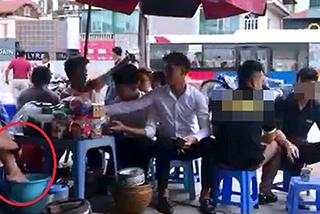 Phạt người đăng clip 'lấy nước rửa chân pha trà cho khách' 7,5 triệu