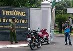 Ném bom xăng vào Thành ủy Vũng Tàu, cầm mã tấu cố thủ