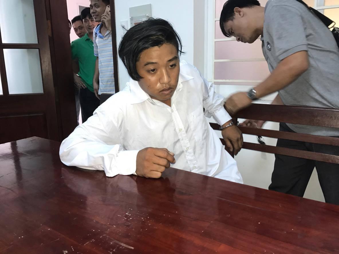 Kẻ giết vợ con Trưởng ban dân vận Huyện ủy xin được sống