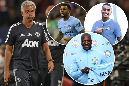 Mourinho mỉa mai Man City mua sắm 'điên rồ'