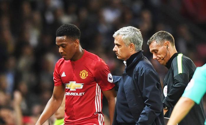 'Ông trời con' trở thành báu vật của Mourinho