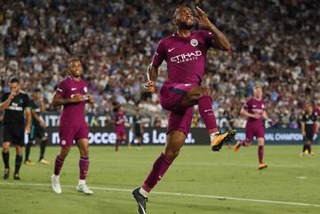 Pep trổ tài, Man City vùi dập Real Madrid