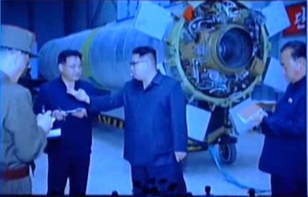 Triều Tiên tiết lộ ảnh hiếm về chương trình tên lửa
