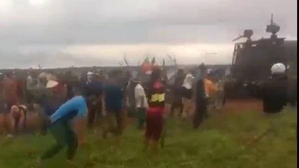 Kon Tum họp khẩn thông tin vụ lộn xộn tranh chấp đất cao su