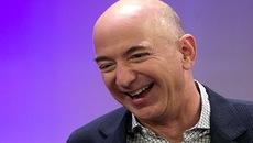 Ông chủ Amazon vượt Bill Gates thành người giàu nhất thế giới