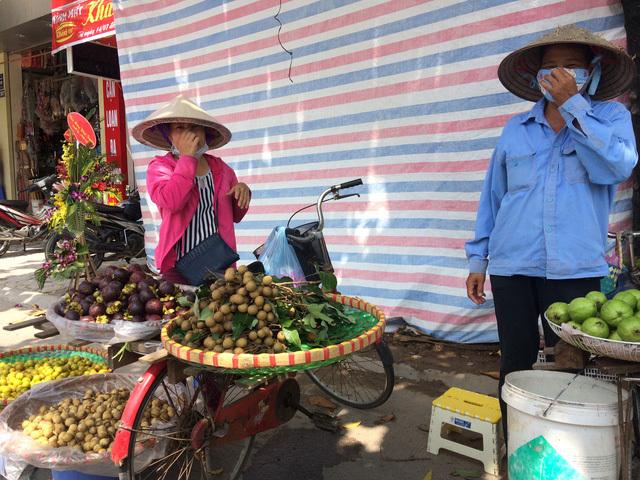 Dân Hà Nội 'ăn quả lừa' nhãn lồng Hưng Yên 'xịn'