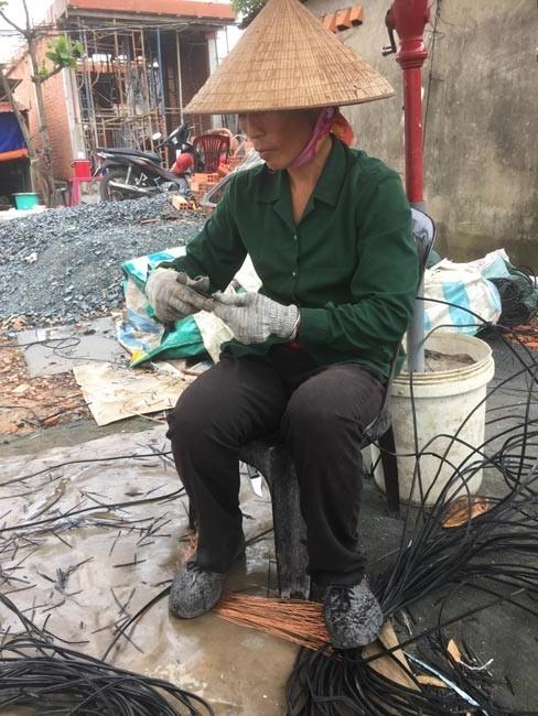 Người xa xứ ở Sài Gòn: 'Tước dây nát tay, kiếm bạc lẻ qua ngày'