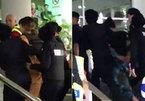 """""""Rừng máy quay"""" bên ngoài tòa xử Đoàn Thị Hương"""