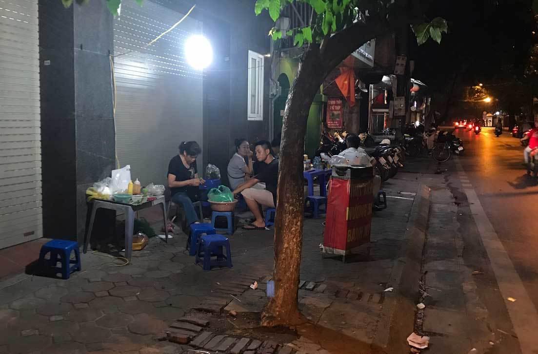 Phố lẩu vỉa hè 200 ngàn/nồi ở Hà Nội âm thầm biến mất