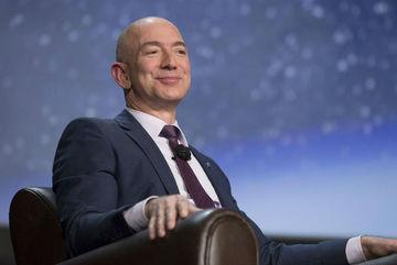 Người giàu nhất thế giới: Cuộc soán ngôi gay cấn