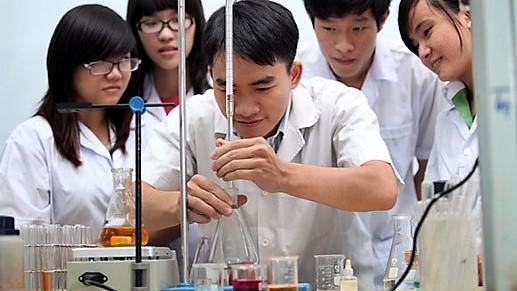 """""""Điểm nghẽn"""" của nghiên cứu khoa học trong trường đại học Việt Nam"""