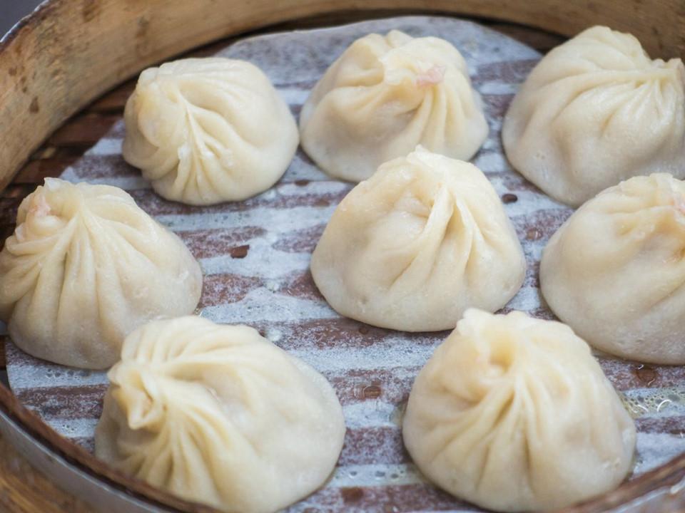 Những món ăn vặt đã miệng thích mắt của nước ngoài