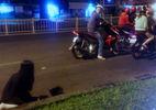 Đạp ngã xe, tấn công hội đồng phụ nữ để cướp ở Sài Gòn