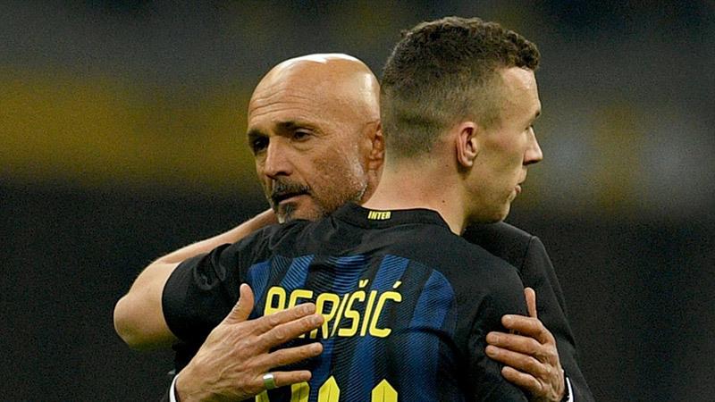 Bale moi tiền MU, Barca mua Di Maria vì Messi