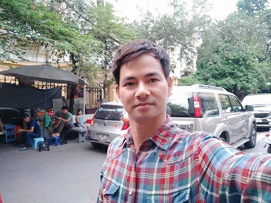 Chết cười với hình ảnh MC Quyền Linh tự 'dìm hàng' mình
