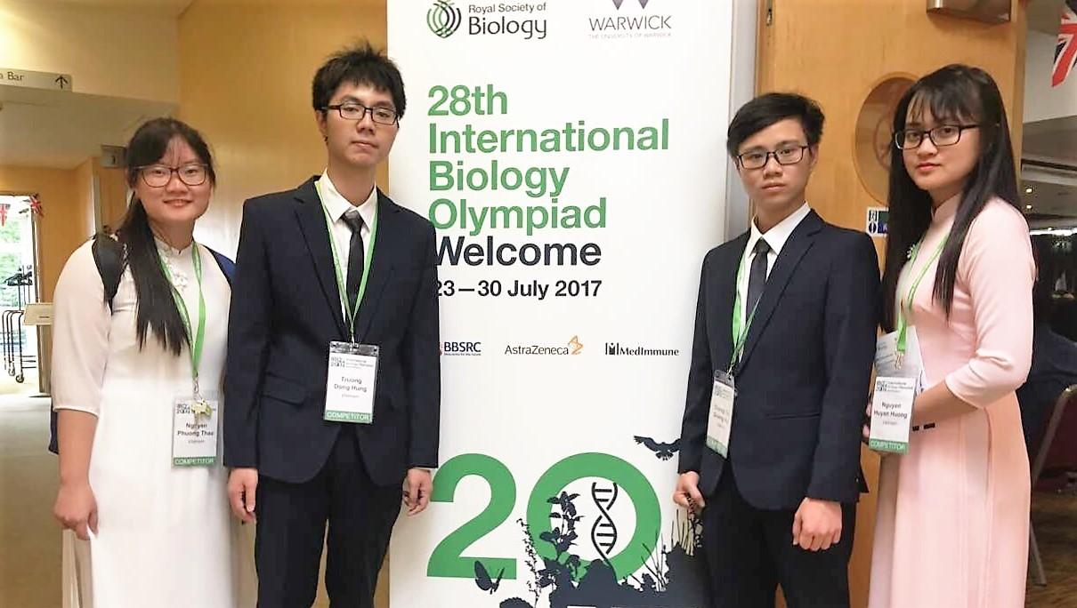 Việt Nam đoạt 1 HCV, 2 HCB Olympic Sinh học quốc tế 2017